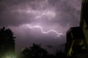 storm-lightning-strike